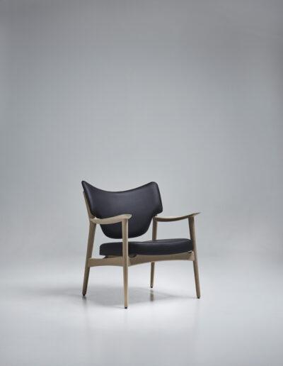 Veng lounge chair